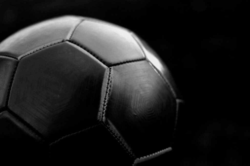 Get free bets when betting on football